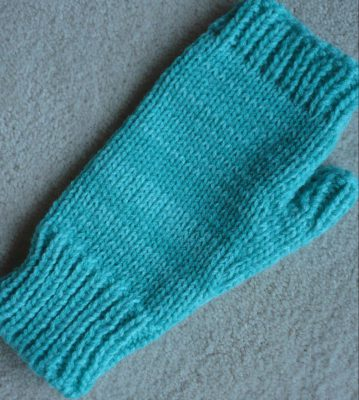 basic fingerless mitt
